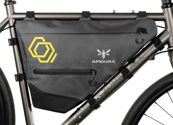 Apidura Expedition Full Frame Pack Color | Gear Capacity: Grey/Black | 7.5L