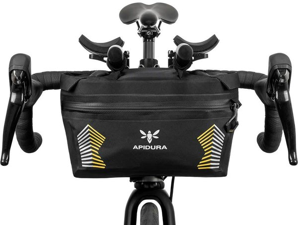 Apidura Racing Handlebar Pack Image differs from actual product (bike sold separately)