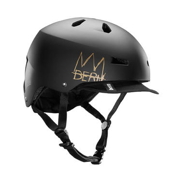 Bern Macon w/Visor Color: Matte Black Crown w/Visor