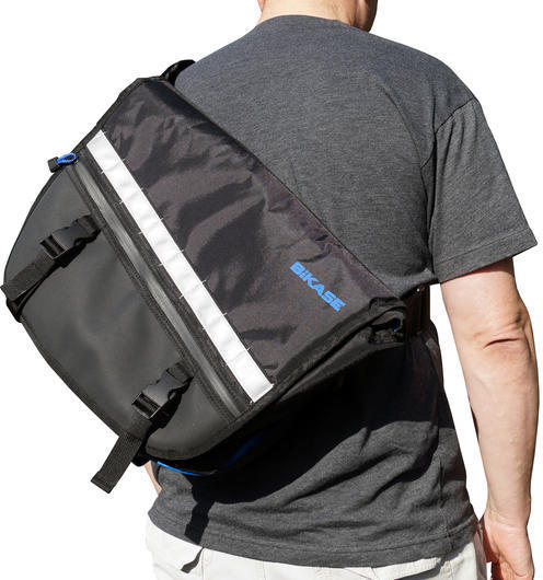 BiKASE Bucky Messenger Bag