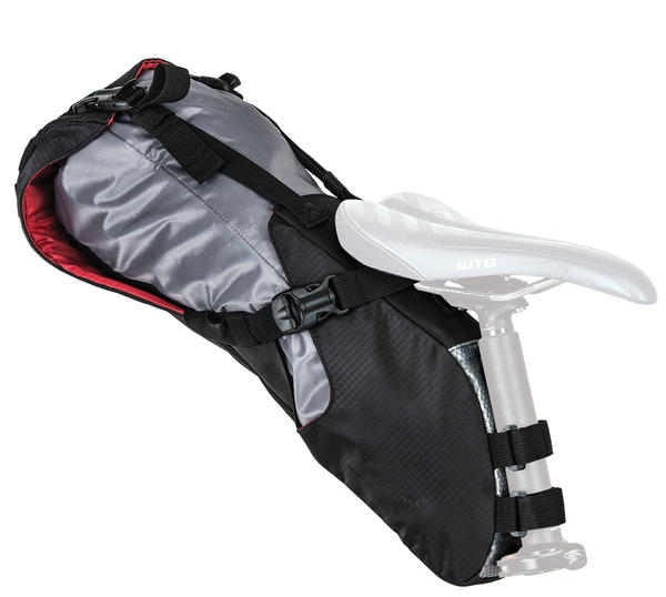 Blackburn Outpost Seat Pack w/Dry Bag Color: Black