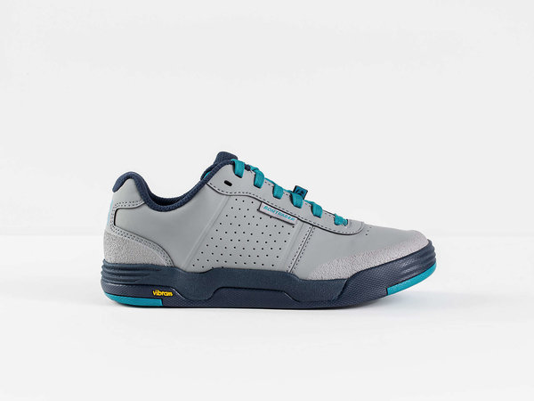 Bontrager Flatline Women's Mountain Shoe Color: Gravel/Teal