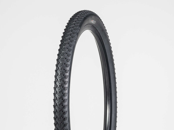 Bontrager LT3 Hybrid Tire 700C Color: Black