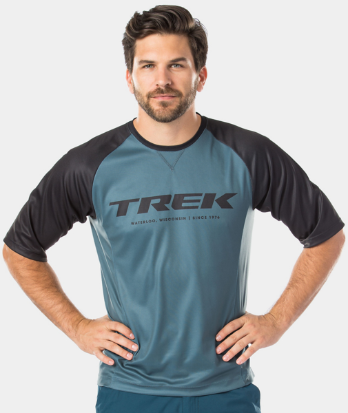 Bontrager Rhythm Mountain Tech Tee Color: Battleship Blue