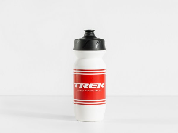 Trek Voda Stripe Water Bottle Color | Fluid Capacity: White/Red | 21-ounce