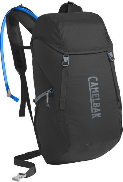 CamelBak Arete 22 Color: Black/Slate Grey