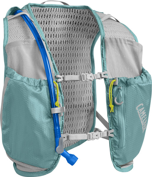 CamelBak Women's Circuit Vest 50oz Color: Aqua Sea/Silver