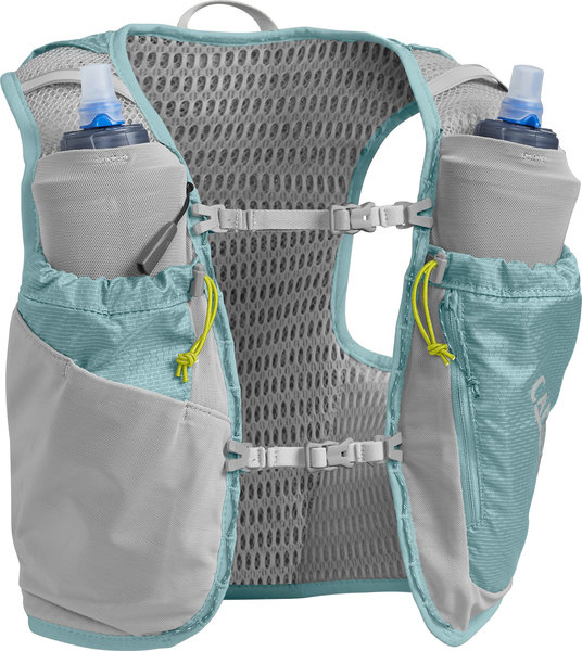 CamelBak Women's Ultra Pro Vest 34oz Color: Aqua Sea/Silver