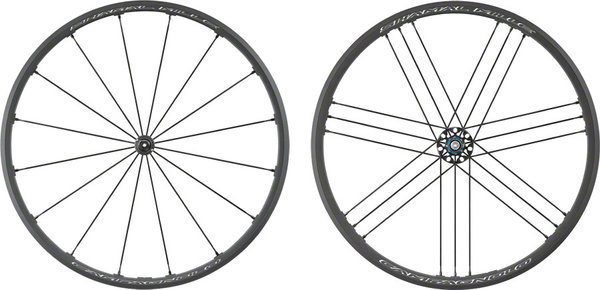 Campagnolo Shamal Mille Wheelset Campagnolo cassette compatibility shown