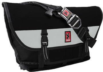 Chrome Citizen Buckle Messenger Bag<br>(Black-White)