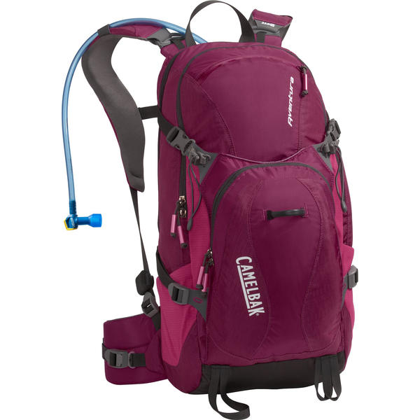 CamelBak Aventura - Women's Color: Raspberry Radiance/Fuchsia Red