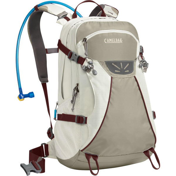 CamelBak Trinity - Women's Color: Light Gray/Laurel Oak