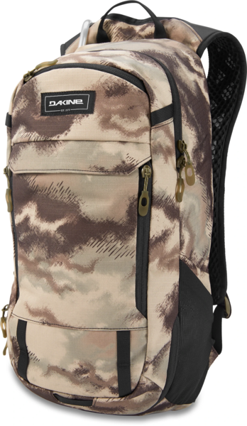 Dakine Syncline 16L Bike Hydration Backpack Color: Ashcroft Camo