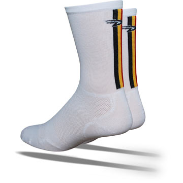 DeFeet Levitator Lite Hi-Top Color Guard