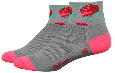 "DeFeet Aireator Women's 2"" Red Roses Color: Grey w/Pink And Red Roses"