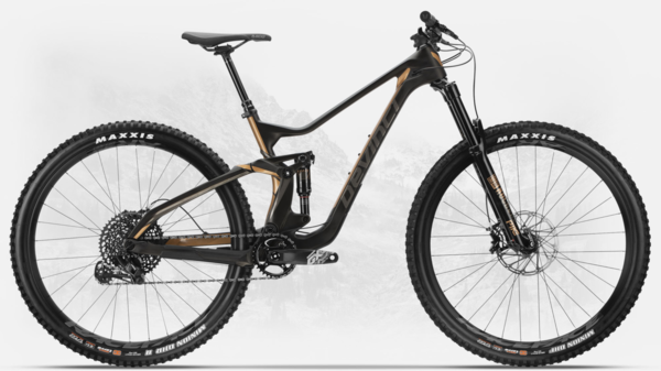 Devinci Troy Carbon 29 GX Color: Black/Bronze