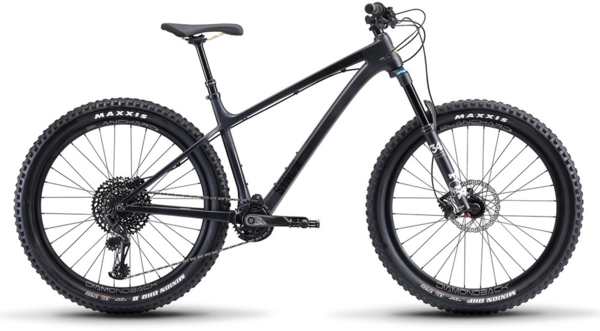 Diamondback Sync'r Carbon Color: Black
