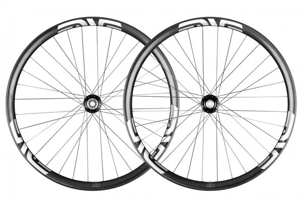 ENVE M730 29-inch I9 Wheelset Color: Black Decal