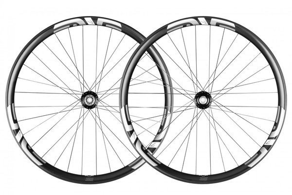 ENVE M735 29-inch I9 Wheelset Color: Black Decal