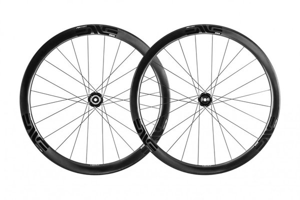 ENVE SES 3.4 Disc ENVE Alloy Wheelset Color: Black Decal