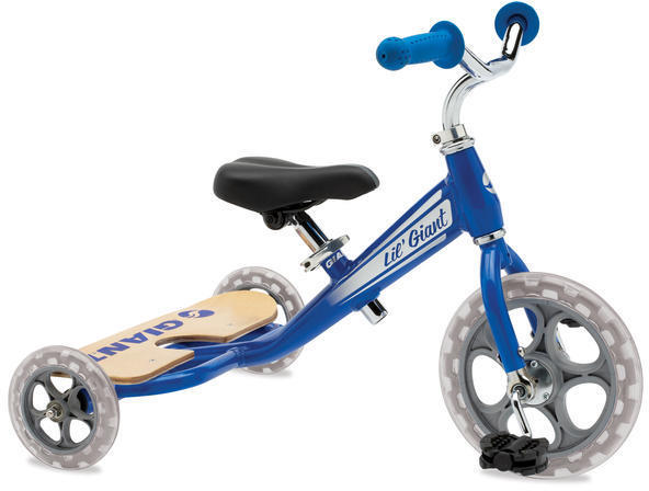 Giant Lil' Giant Trike Color: Blue