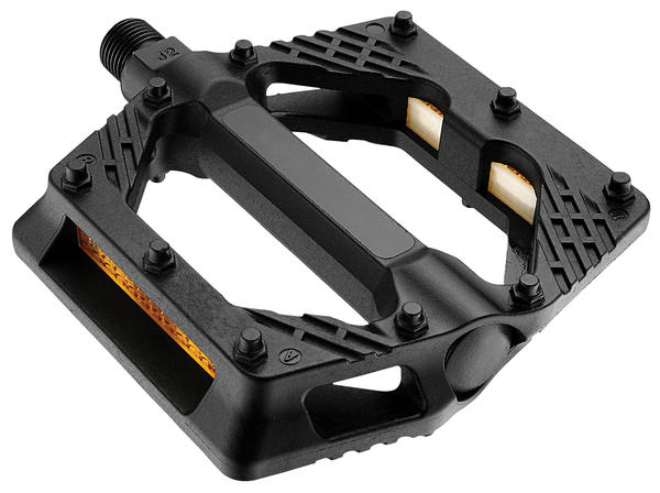 Giant Plastic Platform Pedals Color: Black