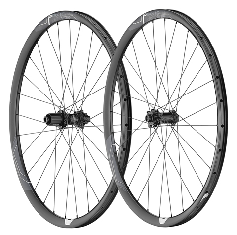 Giant P-TRX1C 27.5 Carbon Trail Wheel Color: Black