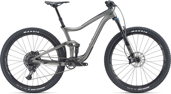 Giant Trance Advanced Pro 29 2 Color: Matte Carbon/Gloss Black
