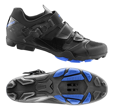 Giant Transmit Off-Road Shoe Color: Black