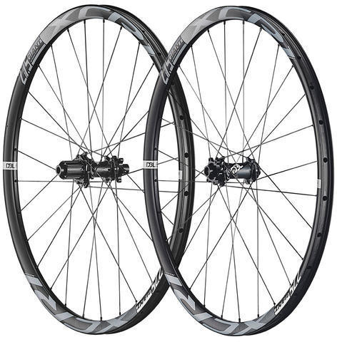 Giant XCR 1 27.5 Carbon XC Front Wheel Image differs from actual product