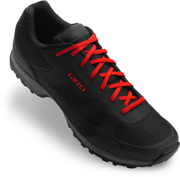 Giro Gauge Shoe Color: Black/Bright Red