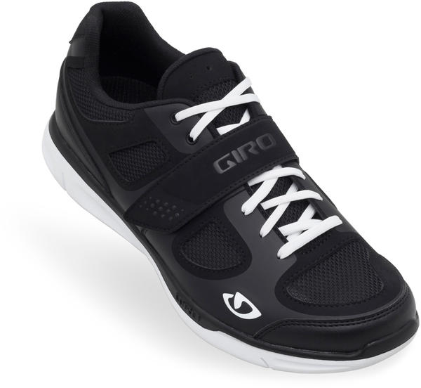 Giro Grynd Shoes Color: Black/White