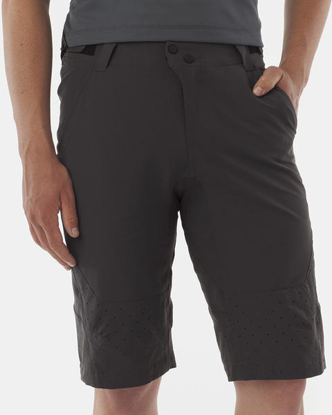 Giro Havoc Shorts Color: Dark Grey