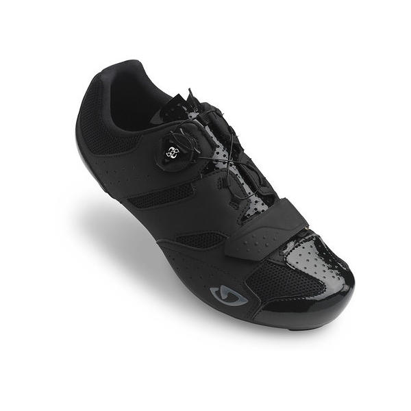Giro Savix Color: Black
