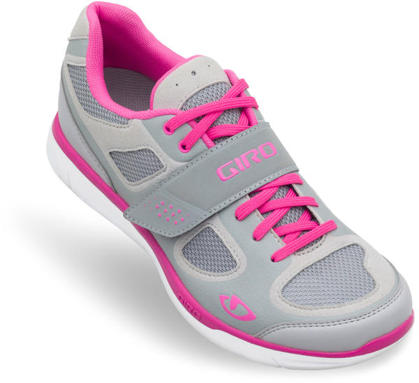 Giro Whynd Shoes Color: Silver/Rhodamine Red