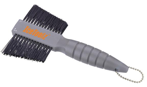 IceToolz Two-Way Scrub Brush