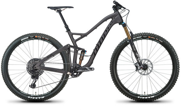 Niner JET 9 RDO 3-Star GX Eagle 29 Color: Licorice