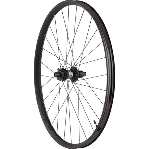Race Face Aeffect R 27.5-inch Rear Color: Black