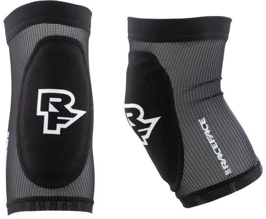 Race Face Charge Arm Guard Color: Black