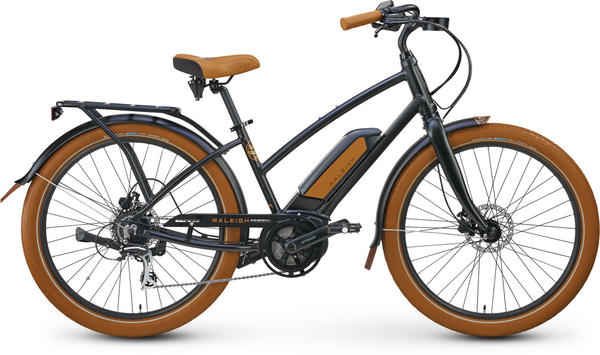 Raleigh Electric Retroglide Royale iE Step Thru Color: True Black