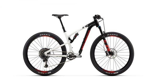 Rocky Mountain Element Alloy 50 Color: Black/White