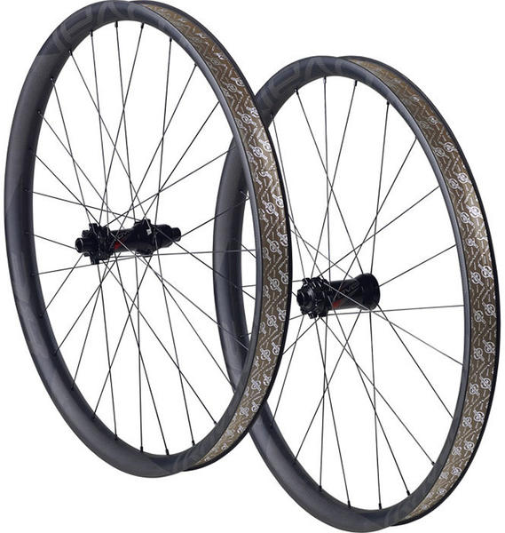 Roval Traverse SL Fattie 650B 148 Wheels Color: Carbon/Black Decal