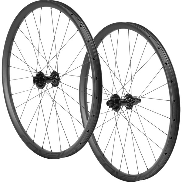 Specialized Roval Traverse Carbon 148 27.5-inch Wheelset Color: Carbon/Black
