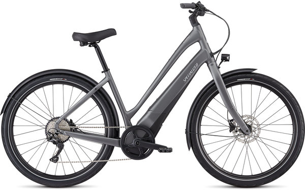 Specialized Turbo Como 4.0 650b - Low-Entry Color: Charcoal/Black/Chrome