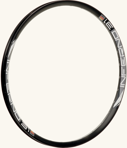 Sun Ringle Inferno 31 Rim Color: Black