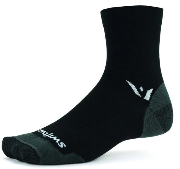 Swiftwick Pursuit Four Ultralight Color: Black