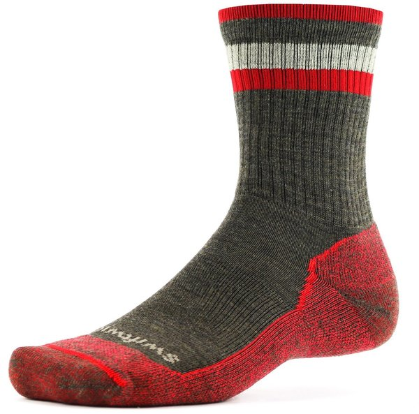 Swiftwick Pursuit Hike Six Light Cushion Color: Chestnut Red
