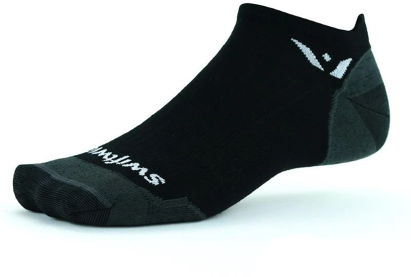 Swiftwick Pursuit Zero Ultralight Color: Black