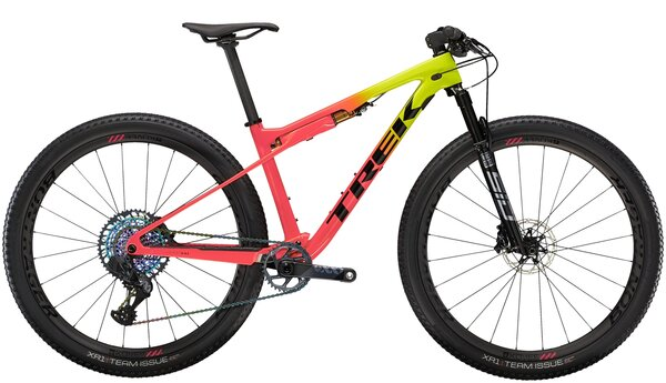Trek Supercaliber 9.8 XT Color: Matte Carbon/Gloss Trek Black