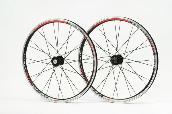 Vuelta ZeroLite Road Comp 700c 10sp Wheelset